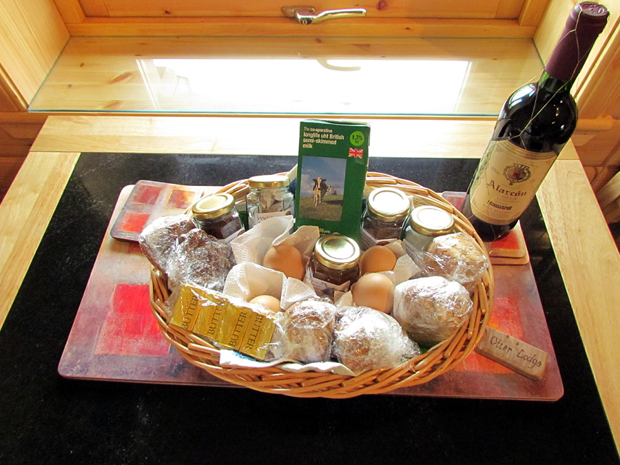 Otter Lodge welcome basket
